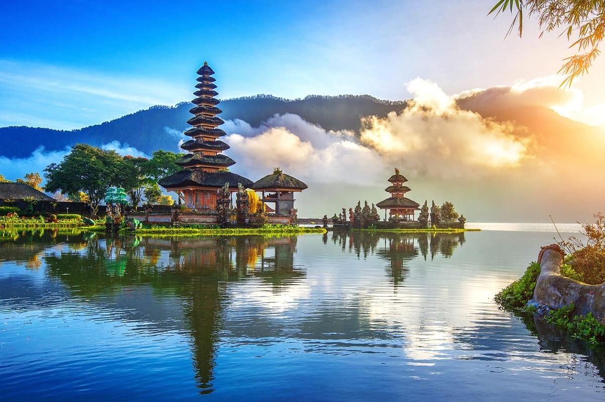 Indonesia 航空券